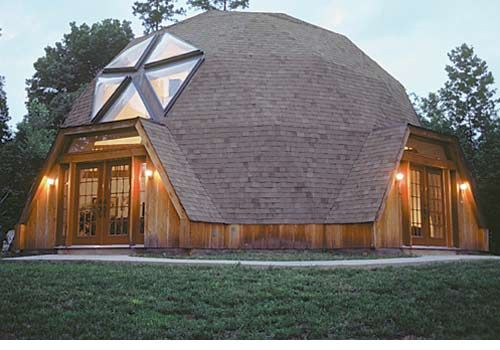 Timberline Geodesic Domes - i live in one and wanted to learn more (not this brand, however).  Lots of great facts and history about these houses here.
