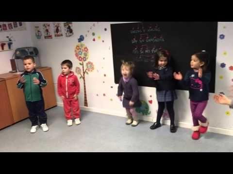 Danza Gigantes y Enanitos - YouTube