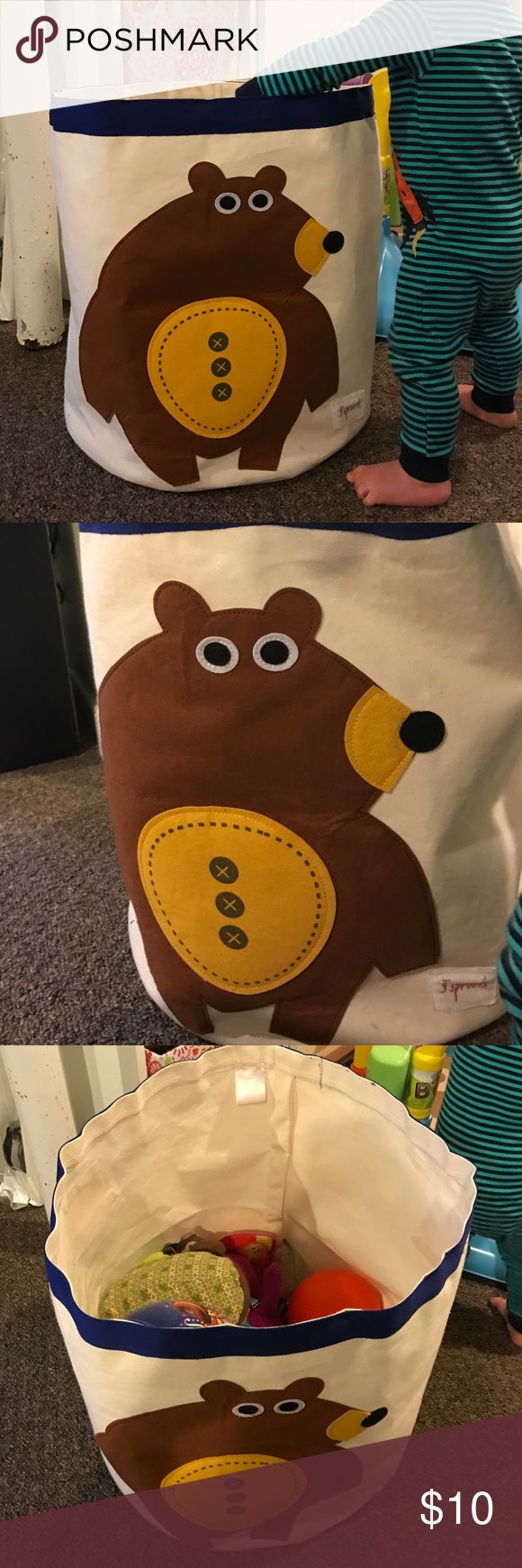 3 sprouts toy bin/hamper Cute bear toy bin or hamper by 3 sprouts. Good condition, just downsizing our toys and no longer need :) 3 Sprouts Other