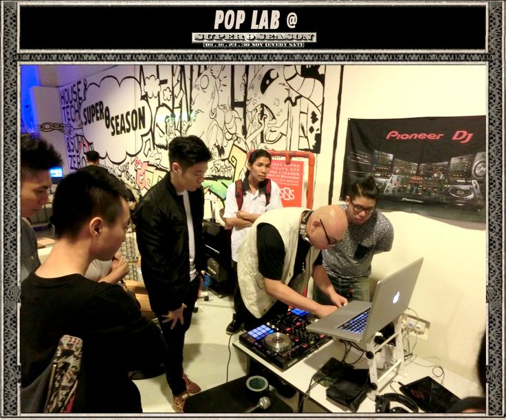 PIONEER DDJ SR PIONEER DJ WEGO 2 Controllers DJ Workshop POP STUDIO by POP TRASH  https://www.facebook.com/poptrash https://www.facebook.com/super0sg
