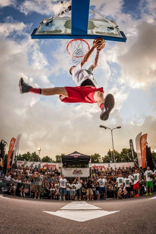 Sprite Street/Ghetto Games Dunk Contest Fitness | #follow www.pinterest.com/armaann1 |