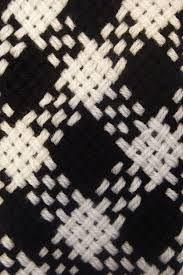 Resultado de imagen para ponchos en telar cuadrado