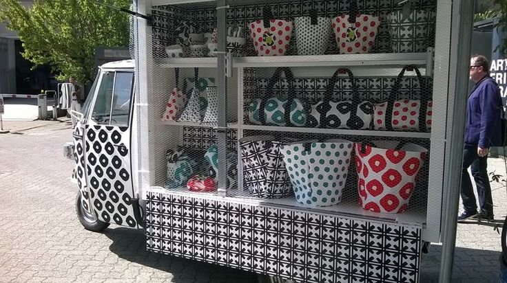 Paola Navone per essent ial > Merci POP up store. Milano ...