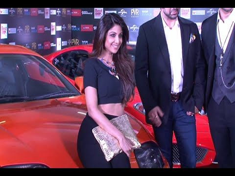 Shilpa Shetty and Shamita Shetty at the special screenign of Fast & Furious 7. See the video at : https://youtu.be/dknEAJdVYAI #shilpashetty #shamitashetty