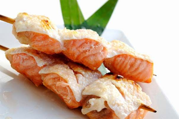 Dietary skewers of fish and seafood
