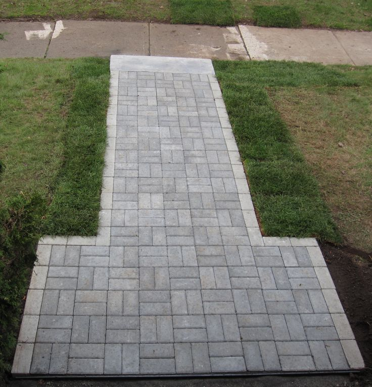 And this is the walkway after the customer's trip to Bergman Landscape and Masonry Centres. Come into one of our 4 locations today and see what we can do for your yard. Or visit our website at www.bergmans.ca