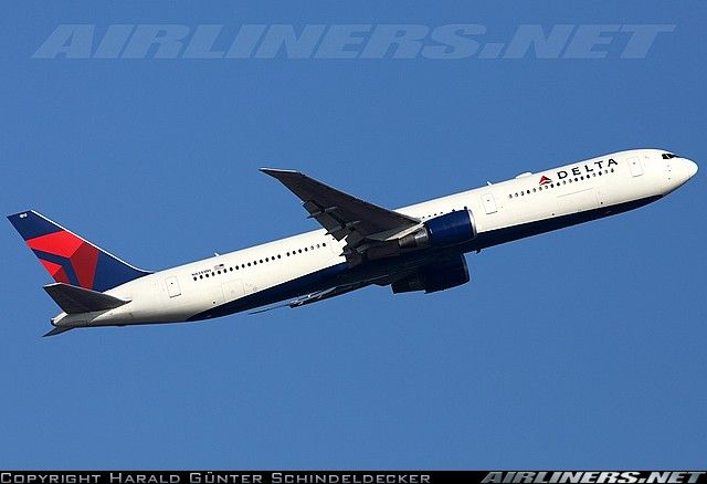 Boeing 767-432/ER aircraft picture