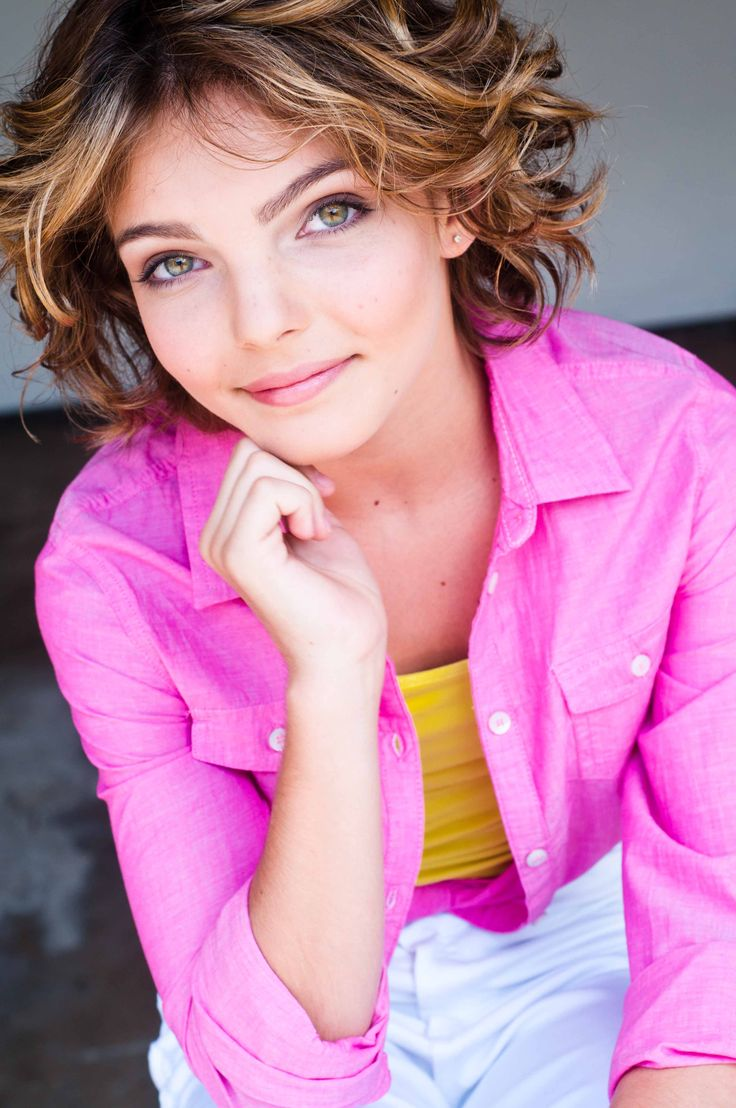 78 Best images about Camren Bicondova (OvO) on Pinterest ...