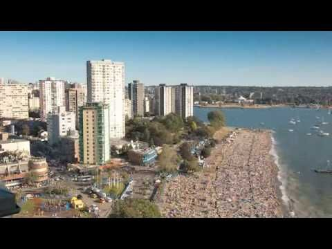TIme lapse of English Bay Fireworks drawing a crowd