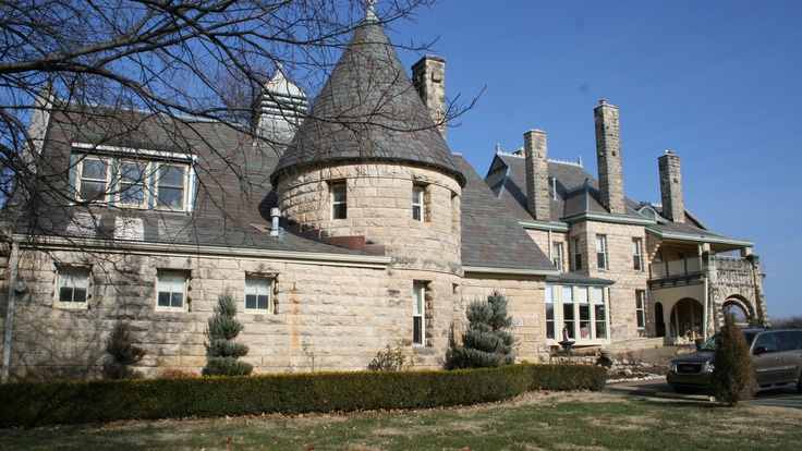 Castle Inn Riverside Bed and Breakfast in Wichita KS