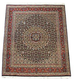 Buy #Luxurious Mood Mahee 2 a #Persian #Traditional #Rug in #Melbourne with complete Fitting services.   Traditional Mood Mahee / herati motif lovely bold central medallion, intricately woven fine wool.  #melbourne #business