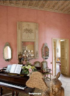 Pink living room in a French chateau - jamaica byles, via Flickr