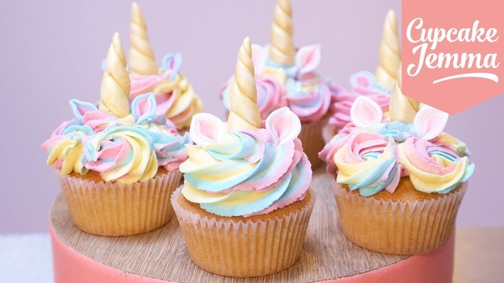 This week I'm upping my Unicorn game to bring you another version of Unicorn Cupcakes but this time they have cute little magical horns and cute little ears ...