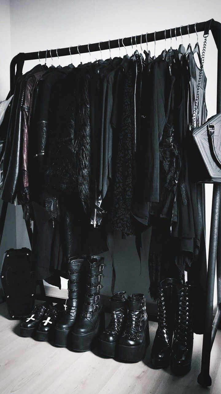 This is pretty much what my closet looks like. (Well 28192e2a47