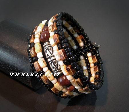 Oryginalna bransoletka z Bali, ręcznie robiona, zamawiana w kilku sztukach.