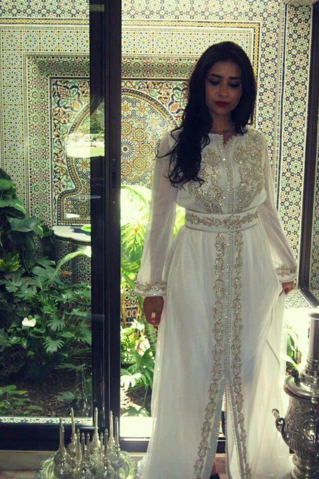 White Moroccan Kaftan http://moroccankaftan.info