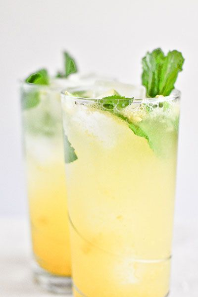 Coconut Mango Mojitos | How Sweet It Is