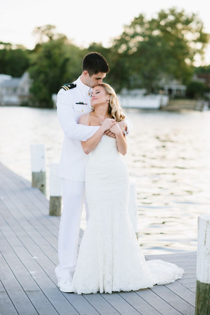 Photography: Natalie Franke - nataliefrankephotography.com    Read More: http://www.stylemepretty.com/little-black-book-blog/2013/11/11/annapolis-naval-academy-wedding-from-natalie-franke-photography/