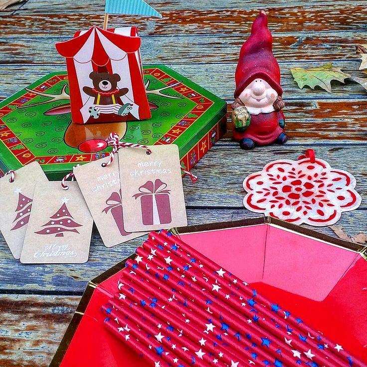 Etiqueta de Navidad y pajitas de estrellas Pedidos y catálogo: detallisime@yahoo.es