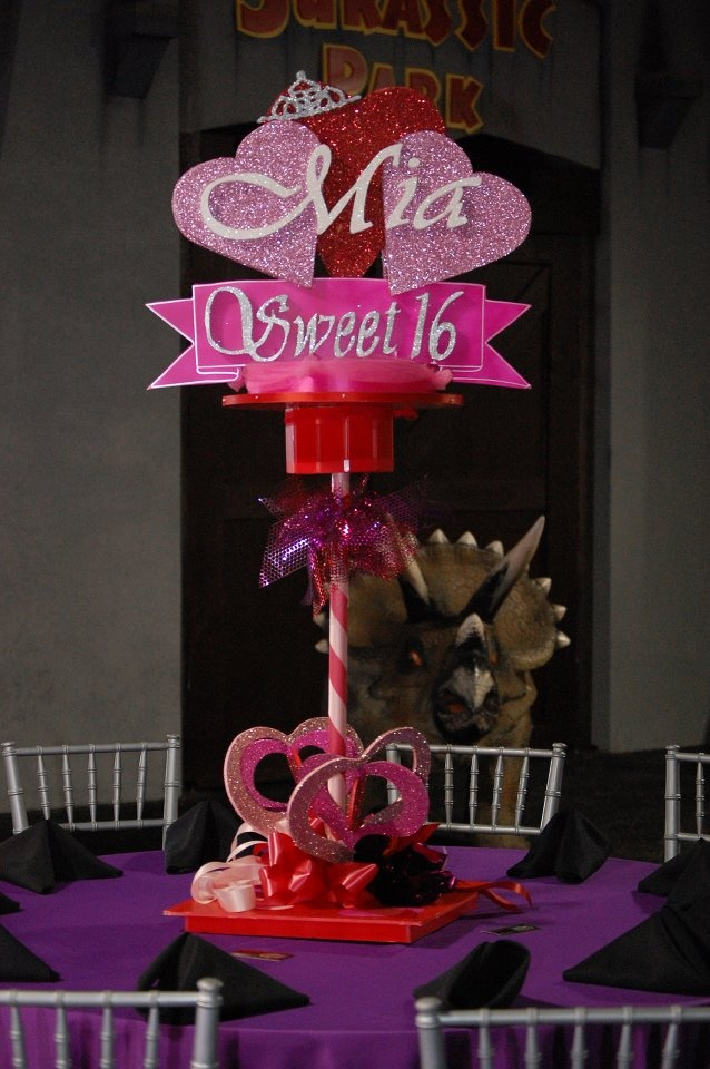 Sweet 16 Centerpiece