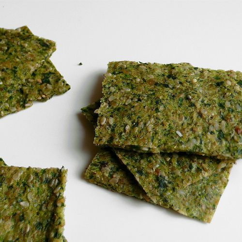 RAW DEHYDRATED - Zucchini, arugula and sesame crackers - Liver cleansing raw food diet recipes. Learn how to do a liver flush https://www.youtube.com/watch?v=e2SxDemOO54 I LIVER YOU