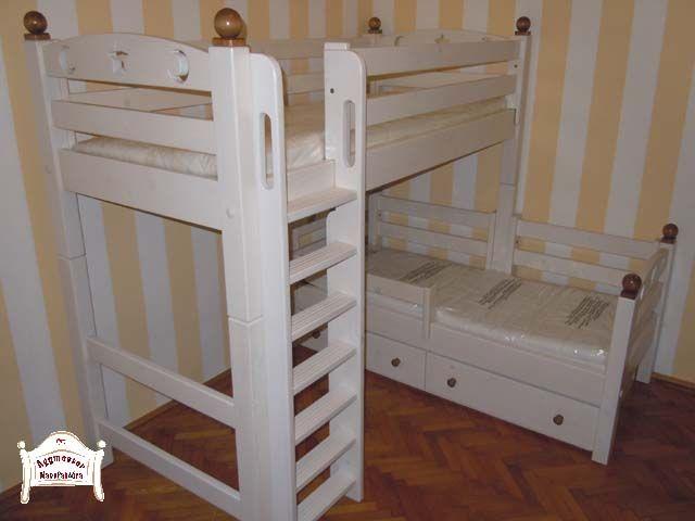 Pontjó emeletes ágy elforgatott kivitelben,egyedi dekorációkkal