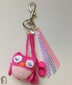 MADRES HIPERACTIVAS: Colgante para Bolso a Crochet