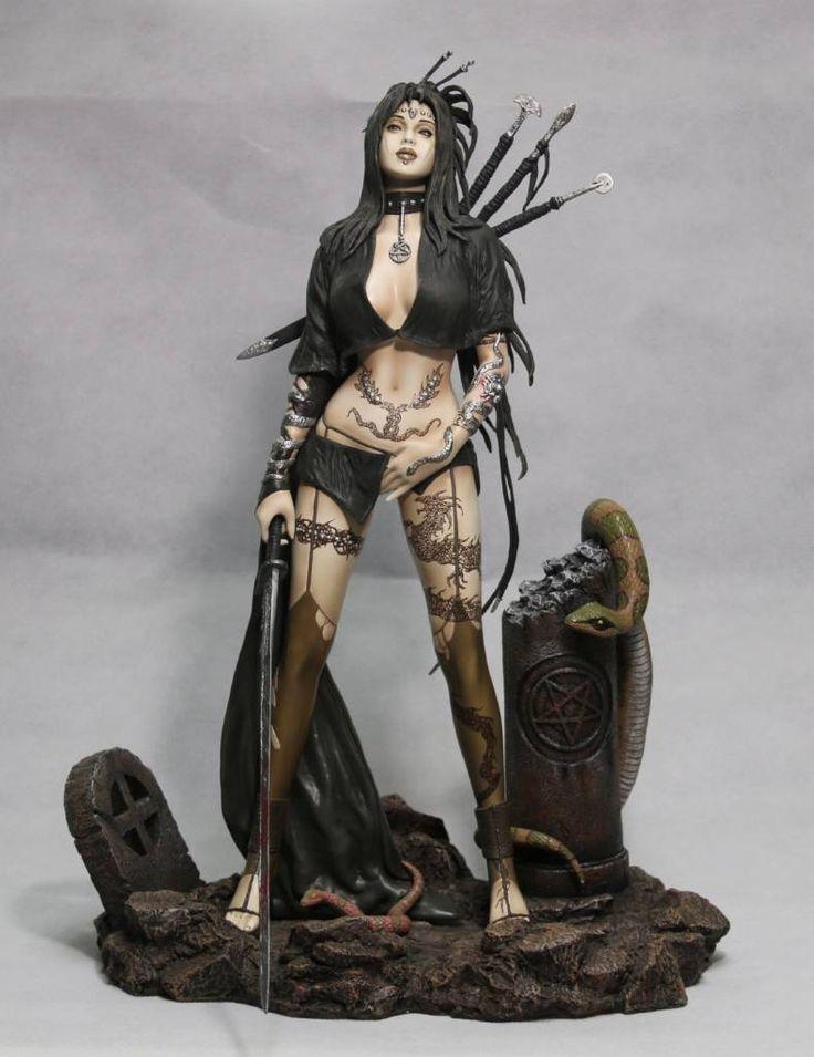 Fantasy Figure Gallery Resin Statue 1/4 Medusa´s Gaze (Luis Royo) - The Movie Store