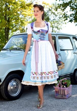 Love, love, love!!!!!! #dirndl #dress #folk #costume #German #clothing #blue