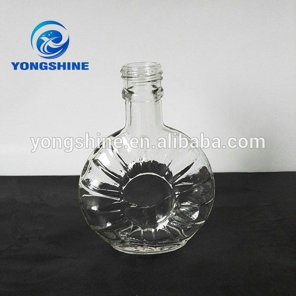 Custom glass alcohol bottle with wholesale price wholesale wine bottles
