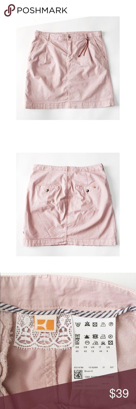 Boss Orange Casual Knee Length Skirt Size 8. Preowned in mint condition. Casual knee length skirt. BOSS ORANGE Skirts Pencil