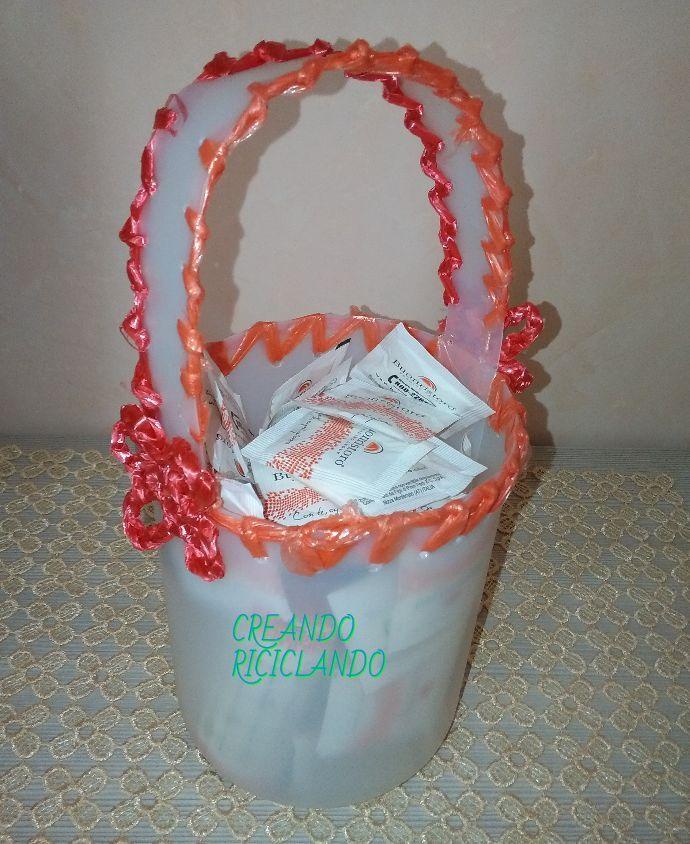 Riciclo creativo, cestino, porta zucchero, plastica, uncinetto, fettuccia con sacchetto di plastica, idea regalo, DIY, tutorial, fai da te