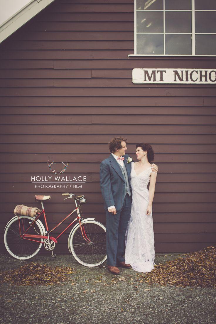 #nemoworkroom #mtnicholas #hollywallace #vintagelace #weddingdress
