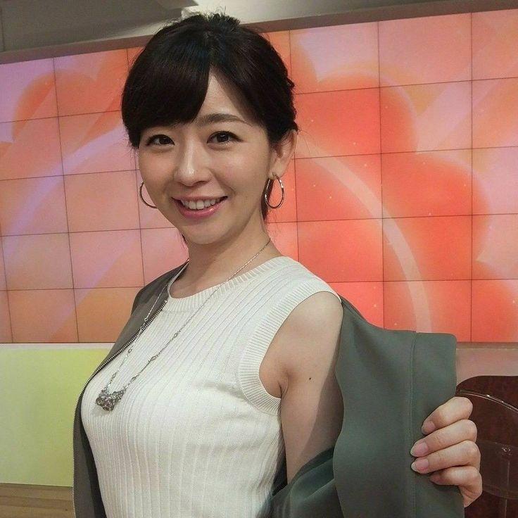 テレ朝の松尾由美子ちゃん❤️ 「どうよ!私のBODYは!? 若い子には負けないわよ!」と言ったか言わなかったか… . #松尾由美子 #テレ朝 #アナウンサー #実は #かわいい #yumikomatsuo #abc #broadcaster