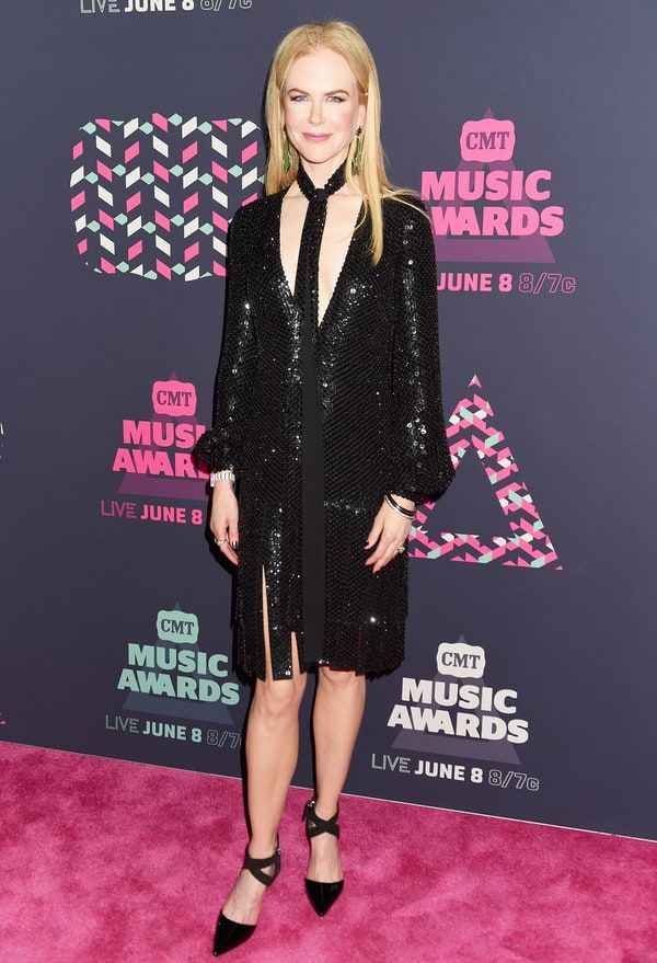 CMT Music Awards 2016 Red Carpet: Nicole Kidman Dazzles In Michael Kors Collection - June 8, 2016