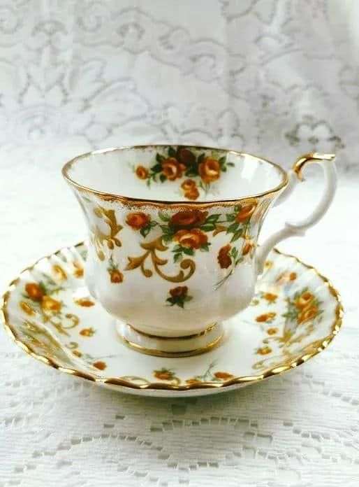 Queen Anne Teacup Saucer, Beautiful Gold Design, Bone English37 ...