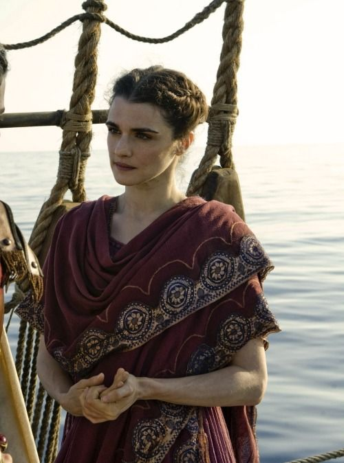 hypatia of alexandria essay Hypatia of alexandria hypatia was born in 370 ad in alexandria, egypt from that day on her life was one enriched with a passion for knowledge theon.