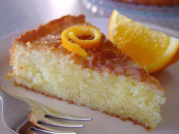 Tαψάκι σε μέγεθος τούρτας  ΥΛΙΚΑ   1 κούπα τσαγιού αλεύρι  1 κούπα τσαγιού σιμιγδάλι ψιλό  1 κούπα τσαγιού σιμιγδάλι χοντρό  20 γραμ .[έν...