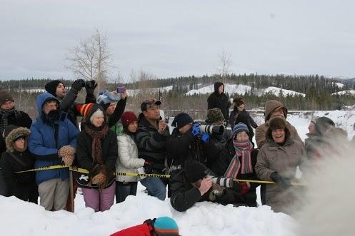 30th Yukon Quest 2013 Fans