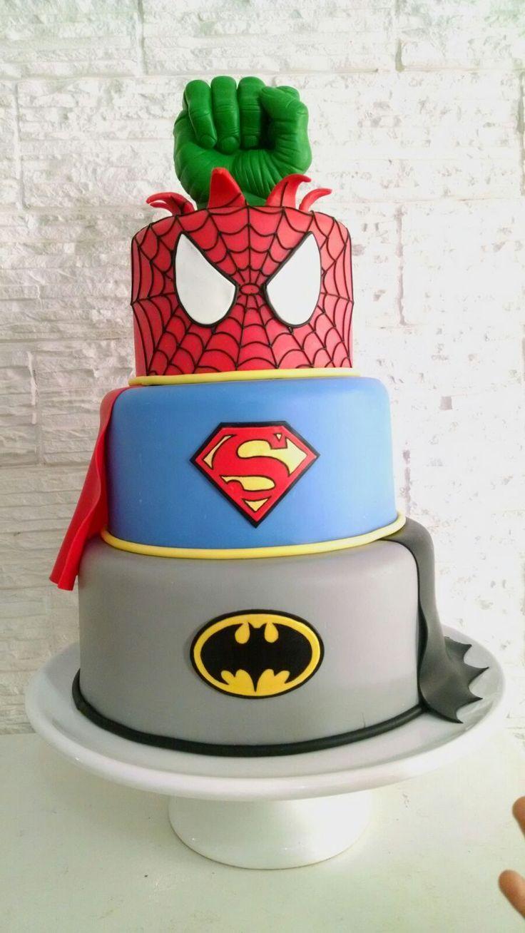 Bolo Super Heróis Super heroes cake Batman, Spiderman, Super man, Hulk