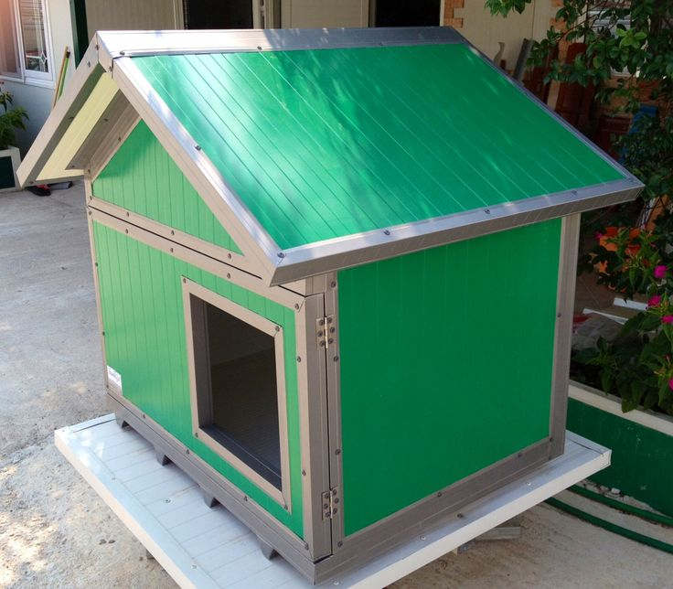 We present you our new model. Triangle roof with a hinged door! You ask it, we constructed!