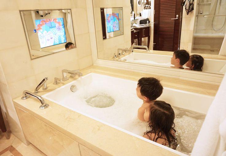 Ambassador suite bathroom - Four Seasons Hotel Macau