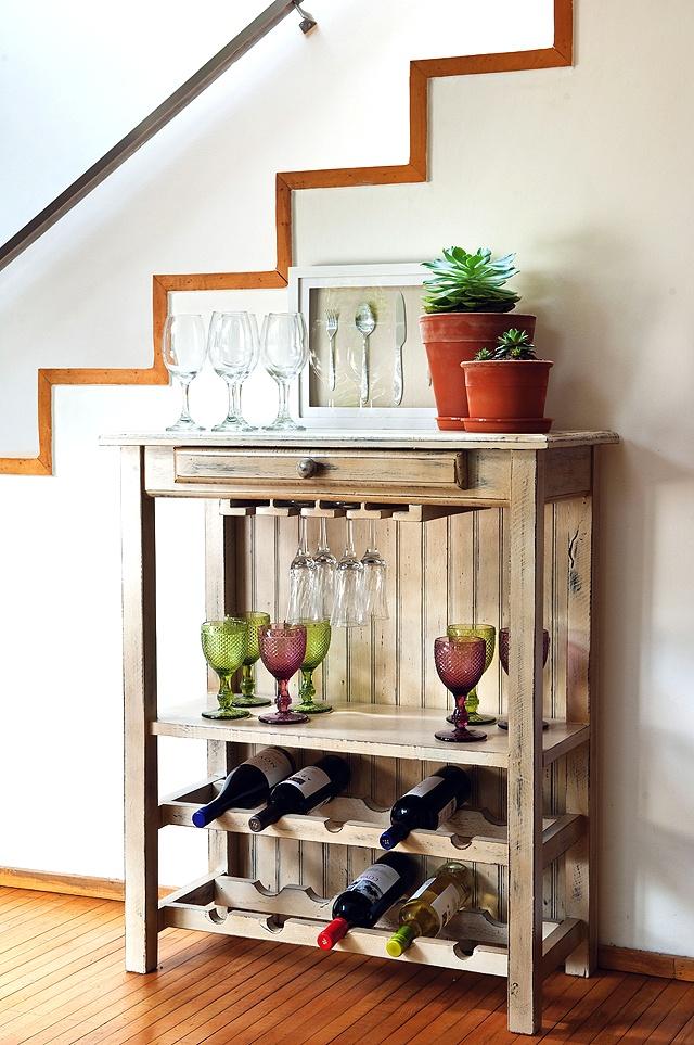 La madera a ejada siempre ser un elemento acogedor y for Mueble rustico ikea