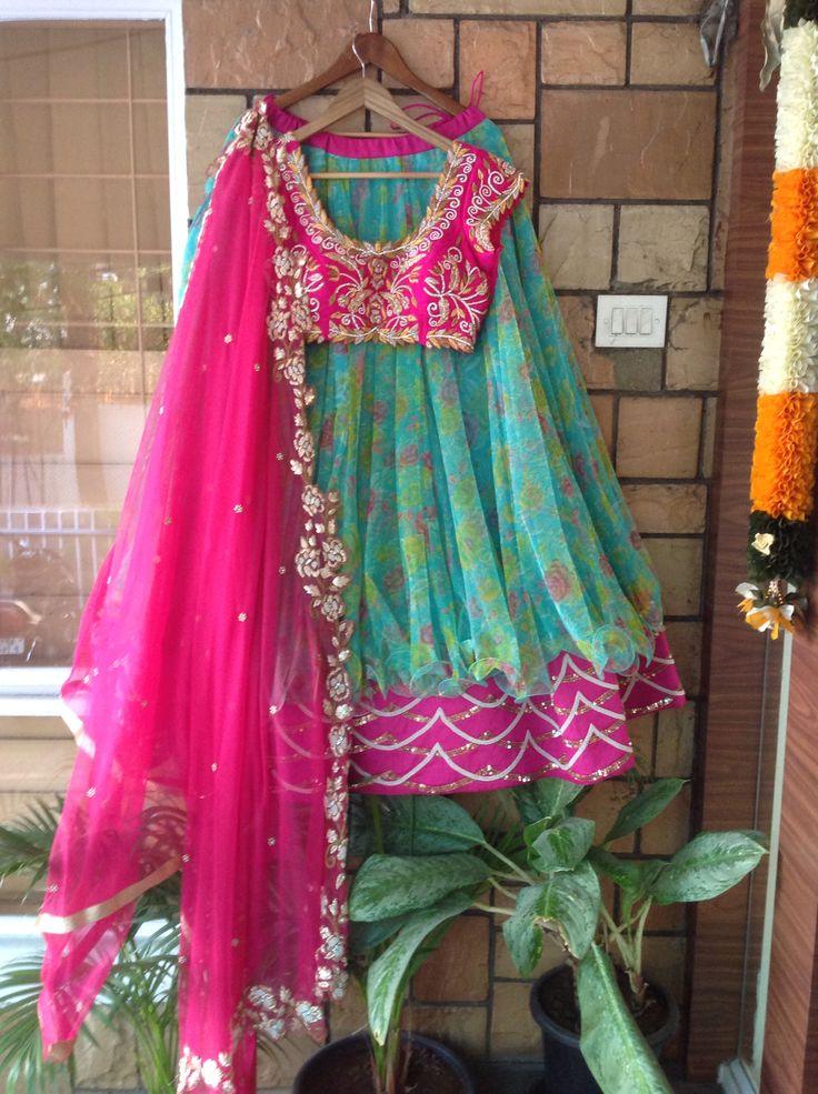 #indianwedding #weddinglehanga #lehangablouse #couturelehanga #indianlehanga #lehangaborder #dupatta #lehangadupatta