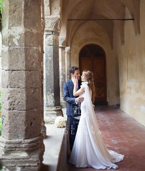 Il sogno di Paola magnifica sposa in abito nuziale di L'Atelier Elena Colonna per un matrimonio in stile anni '20.