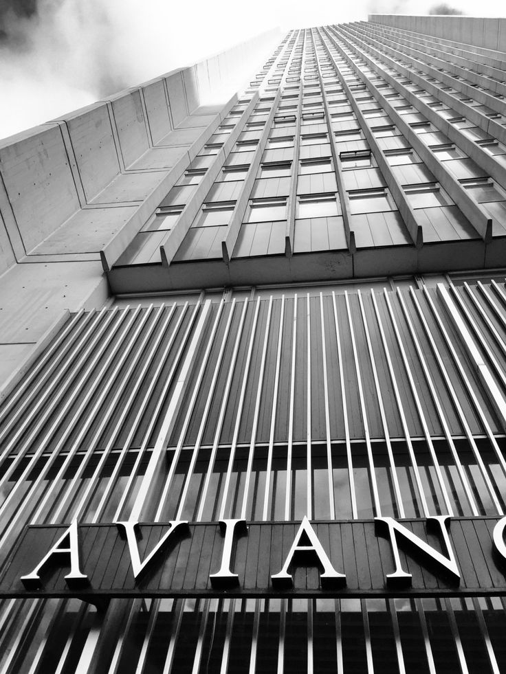 JG EA Arquitectura — Torre de oficinas AVIANCA. - 1.970 - altura: 161...