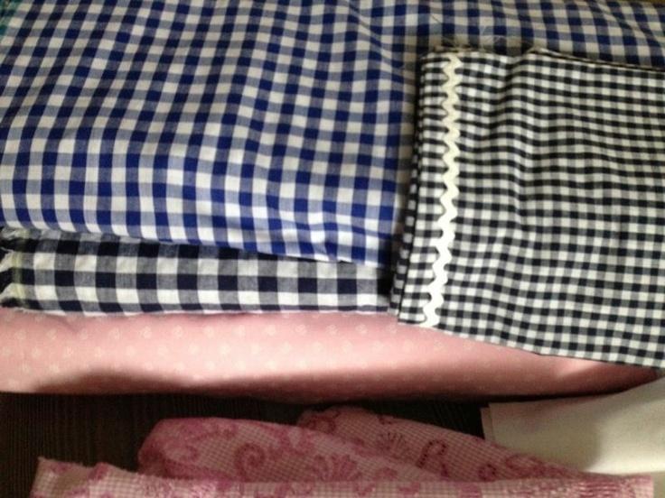 black and pink. dirndl fashion