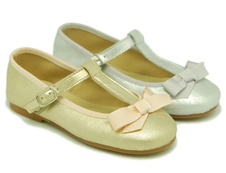 Xmas Mary Jane shoes. www.okaaspain.com