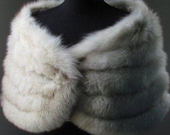 NEW / Hollywood Starlet Majestic norvégien fourrure de renard a volé mariage / mariée / Vintage fourrure du Cap Shrug de châle / Gris Blanc