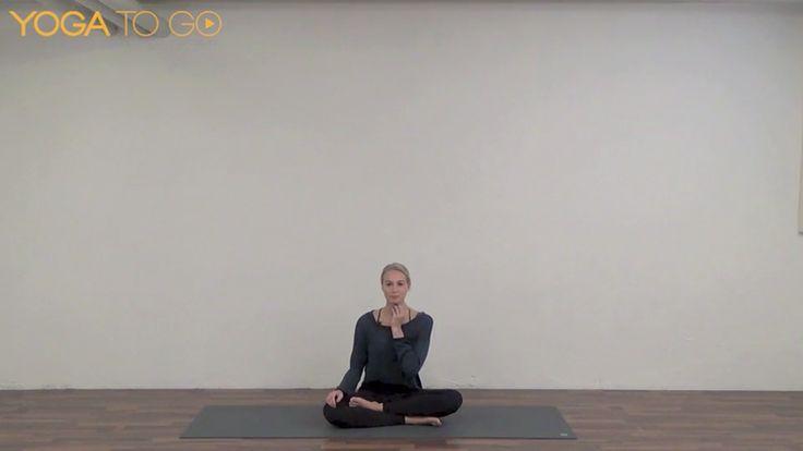 Ujayii er en måde at trække vejret på, som både kan give energi og være beroligende – en fed kombination, når du laver vinyasa yoga. Lær teknikken og prøv dig frem.